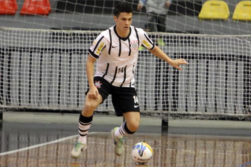 Gabriel, jogador de futsal corintiano (Divulgação)