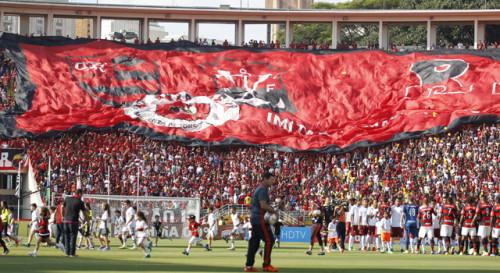 Flamengo no estádio do Pacaembu (Gilvan de Souza/site oficial do Flamengo)